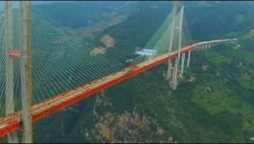 China conclui a Ponte mais Alta do Mundo